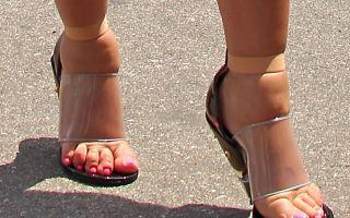 Как быстро растянуть узкие туфли: 5 эффективных советов