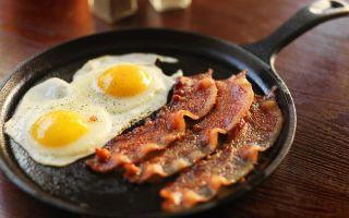 Мощный американский завтрак на 1500 ккал за 15 минут
