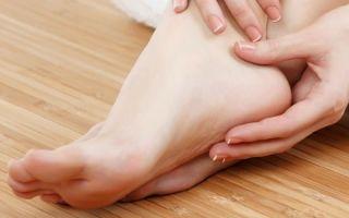 8 причин появления трещин на пятках