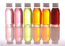 Эфирное масло предупреждает появление морщин под глазами