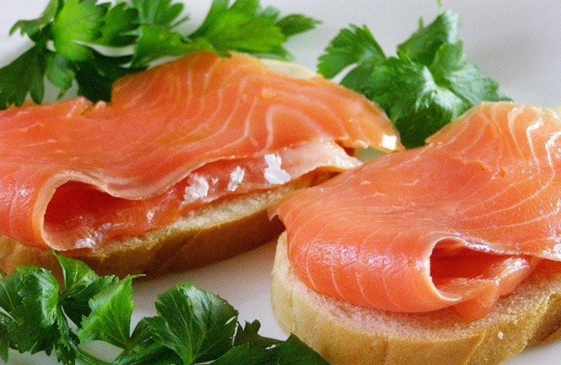 Как солить красную рыбу в домашних условиях вкусно и просто
